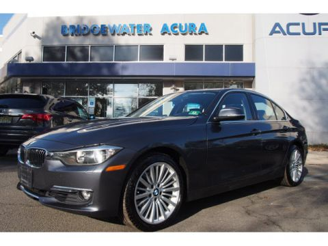 Pre-Owned 2013 BMW 328i xDrive w/Nav