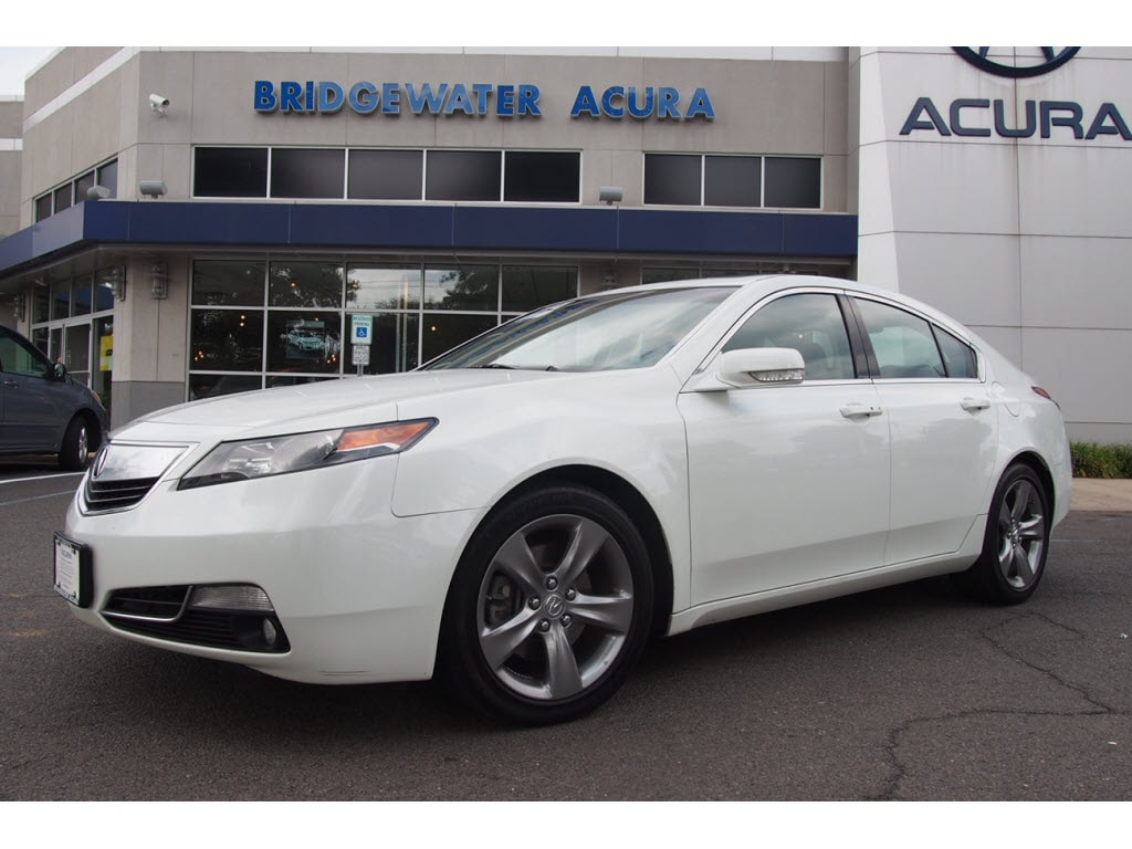 PreOwned 2013 Acura TL SHAWD 6Speed Manual with Technology