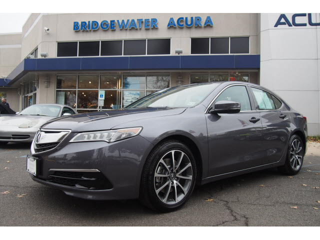 Pre-Owned 2017 Acura TLX V6 w/Tech