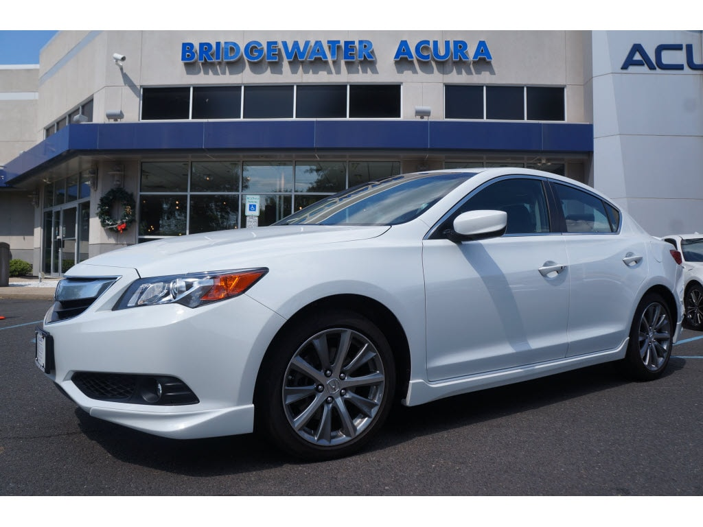 Pre-Owned 2015 Acura ILX 2.4L w/Premium Package
