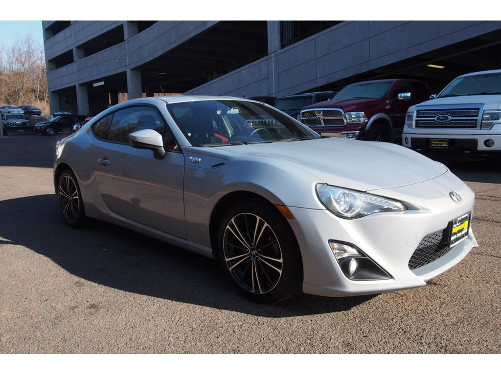 pre owned 2013 scion fr s 10 series coupe in bridgewater p11461s bill vince s bridgewater acura. Black Bedroom Furniture Sets. Home Design Ideas